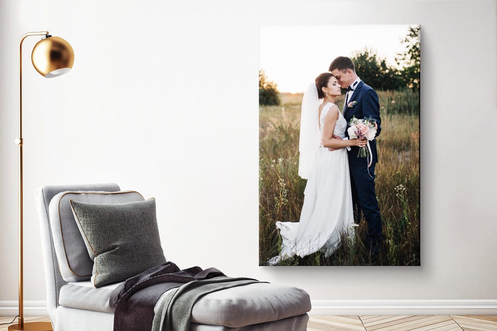 Fotodruck oberhalb des Sofas